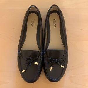 NWOT Michael Kors Leather Flats size 9